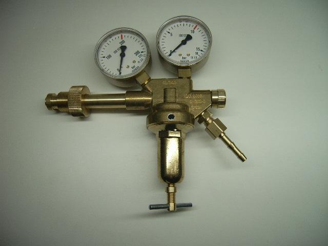 Flaschendruckminderer für Druckluft in verschiedenen Ausführungen